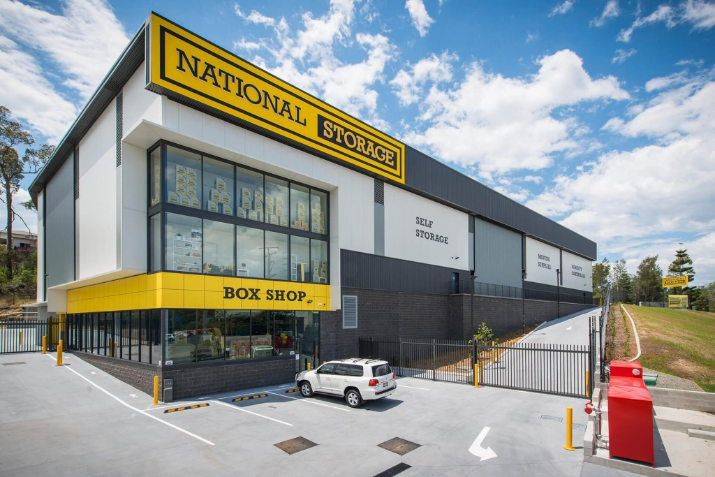 national storage carrara